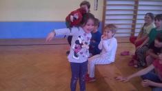 představení u nás ve škole